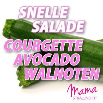 Snelle salade van courgette, avocado en walnoten