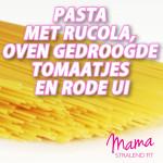 pasta-met-rucola-oven-gedroogde-tomaatjes-en-rode-ui